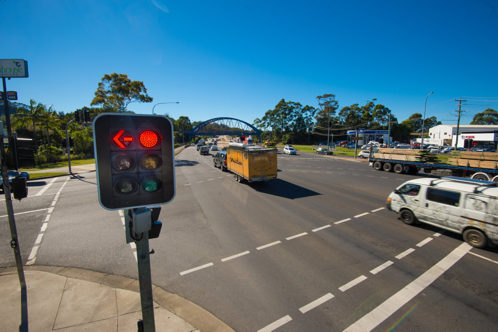 The Pacific Highway intersection with Bray and Orlando Sts will soon have a fixed red light camera mounted above the traffic lights covering the northbound lanes.