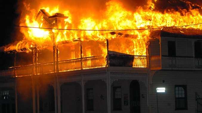 Universal Hotel burns, August 24, 2009.