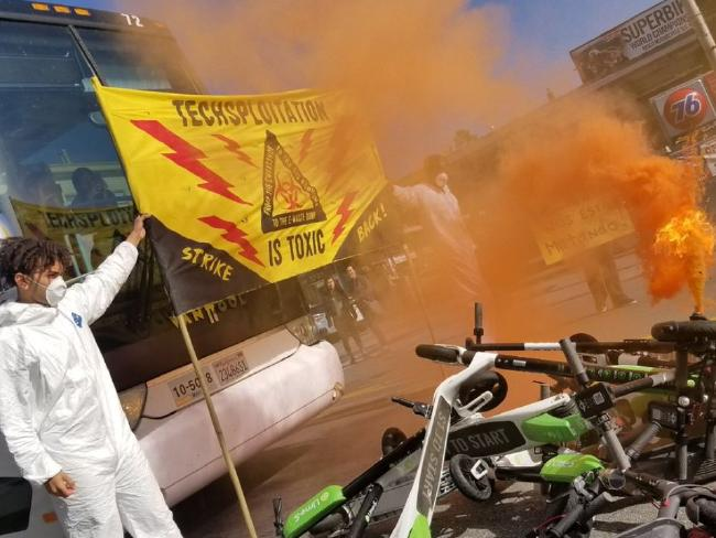 Demonstrators let off smoke flares and blocked the street. Picture: Joe Fitz Rodriguez/Twitter