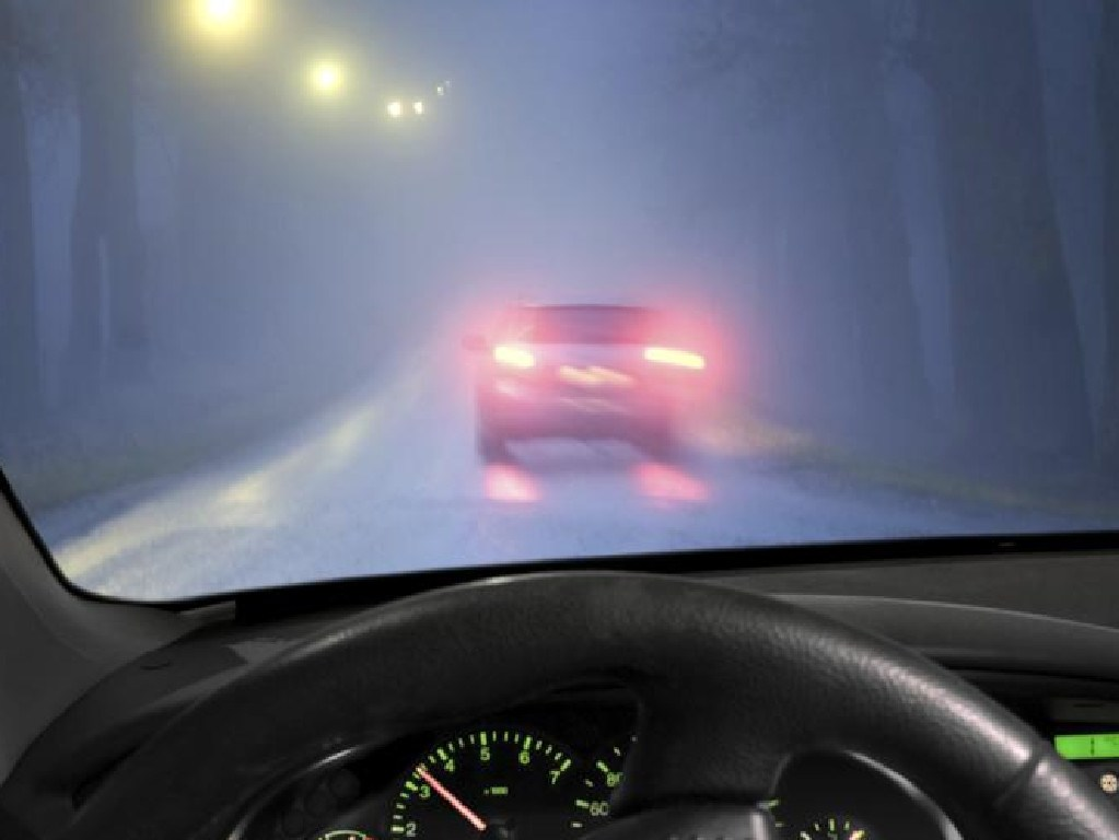 The bright, rear fog lights could make people think the car is breaking if used under inappropriate conditions.