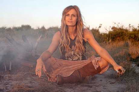 Kasey Chambers comes to Twin Towns