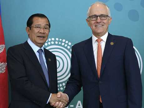 Cambodian Prime Minister Hun Sen and Australian Prime Minister Malcolm Turnbull. Picture: AAP