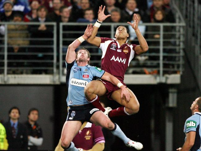 Israel Folau scored one of the greatest State of Origin tries off a cross-field kick.
