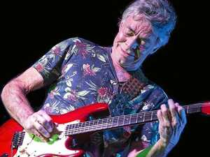 Guitar legend plays on through posthumous award