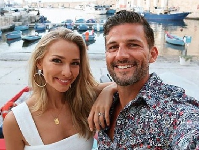 Tim Robards and Anna Heinrich in Italy for their wedding. Picture: Instagram