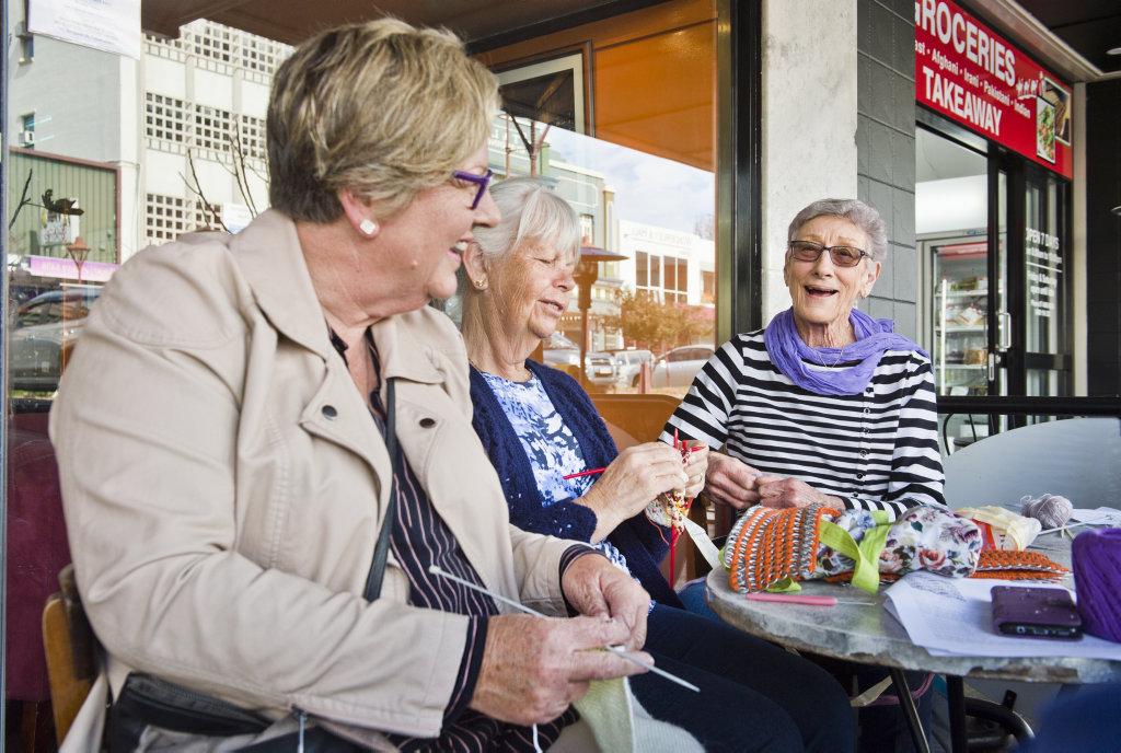 Image for sale: Caroline Doveton, Pam Beall and Coral Sharrock enjoy World knitting day at Bon Amici. Saturday, 9th Jun, 2018.