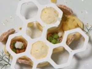 Masterchef fans lose it over '3D printer' dessert