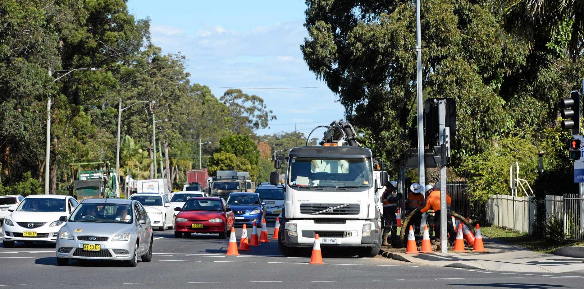 Work crews have today started to install red light cameras at the Pacific Highway intersection with Bray and Orlando Sts.