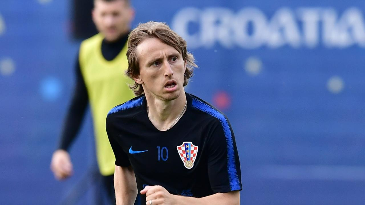 Croatia's midfielder Luka Modric has taken out the award as Croatia's best player for the sixth year in a row. / AFP PHOTO / GIUSEPPE CACACE