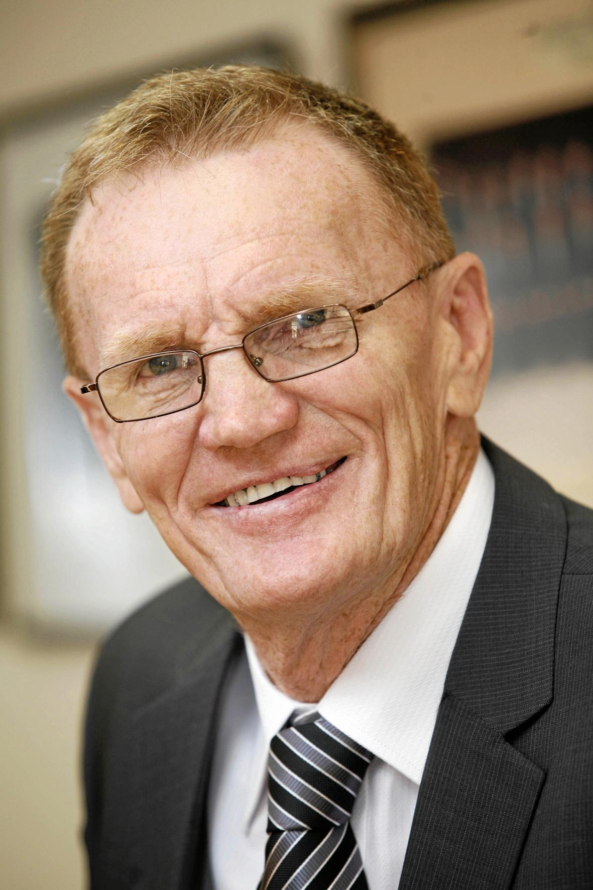 Former Clarence MP Steve Cansdell has announced his return to State politicis.