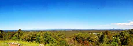 The expansive views of the Clarence Coast from the Maclean Lookout is one of the town's best assets.