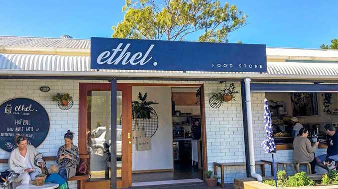 Popular restaurant opens new food shop