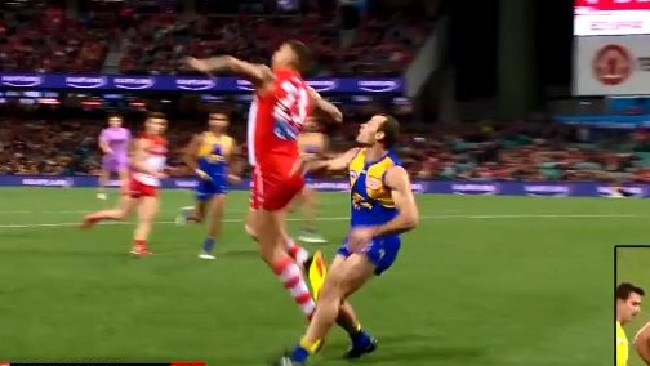 Did Lance Franklin stage for a free kick against the Eagles?