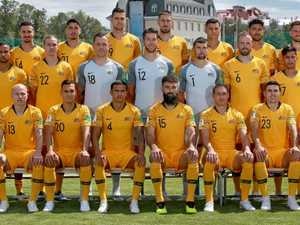 Socceroos stay alive in World Cup