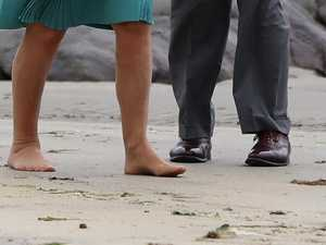 Royal goes barefoot on the beach