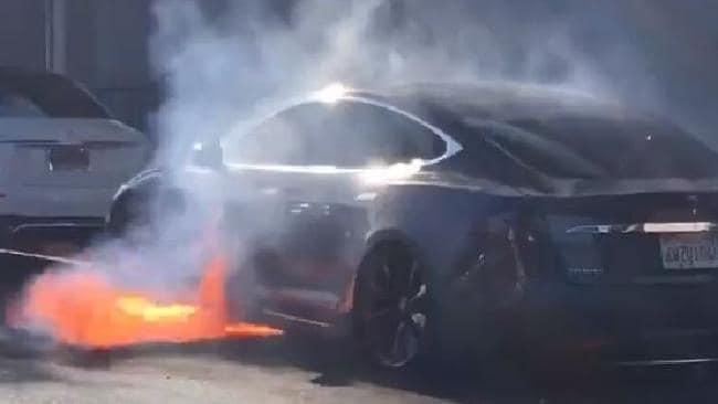 Tesla filmed spontaneously shooting flames while driving.