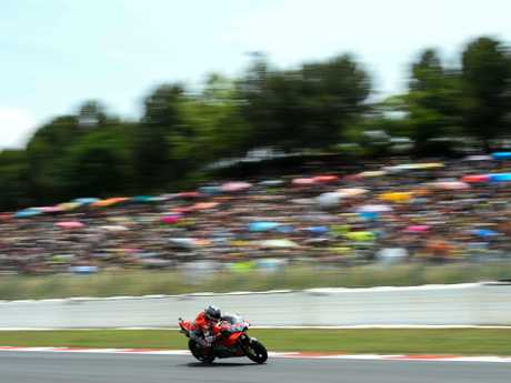 Lorenzo powered from pole to claim victory in a second straight race at the Grand Prix of Catalunya.