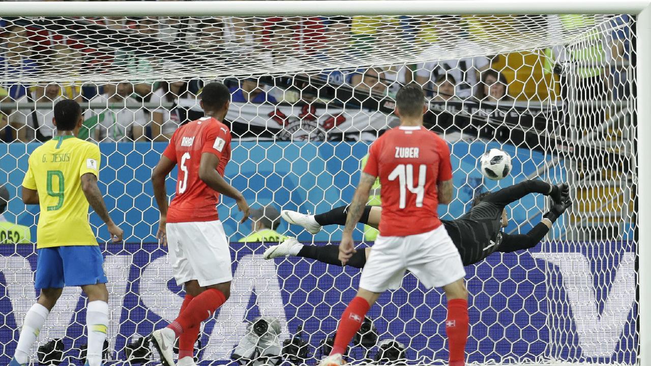 Switzerland goalkeeper Yann Sommercan't get near Philippe Coutinho stunner.