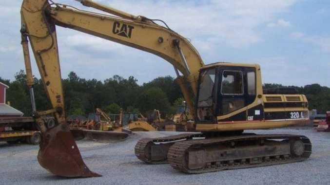 Excavator stolen in brazen daylight robbery