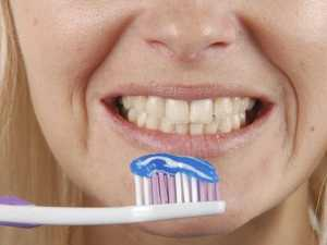 Jealous boyfriend bans teen from brushing teeth