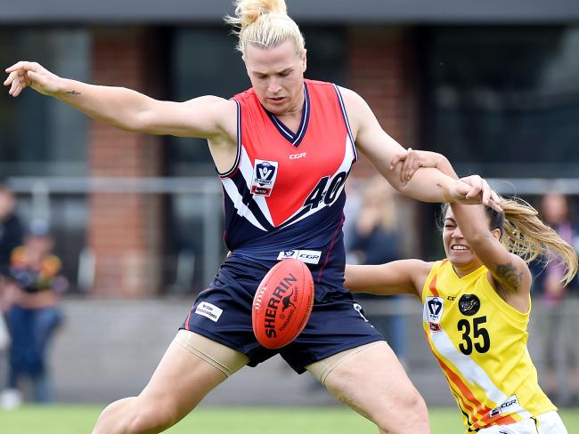 Hannah Mouncey fights for the ball in the VFLW. Picture: Nicole Garmston