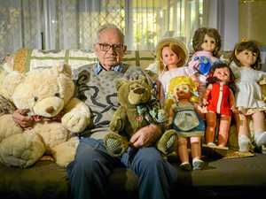 Calliope man's doll collection is taking over his house
