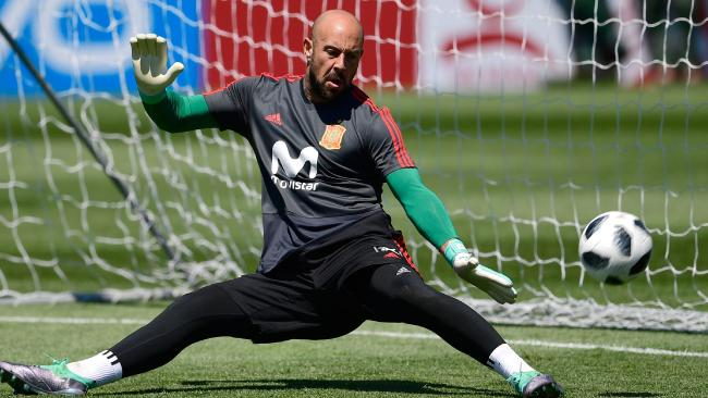 Pepe Reina has a strange superstition.