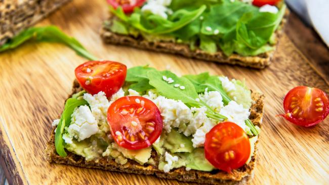 Bran crackers are key to this diet's success.