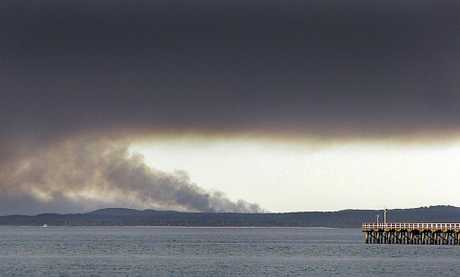 Fire burning on Fraser Island.Photo: ALISTAIR BRIGHTMAN 09h1470a