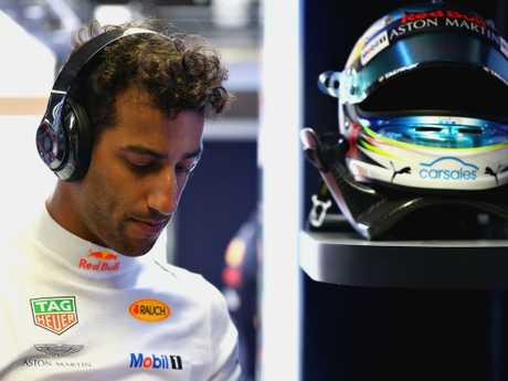 McLaren willing to triple Ricciardo's salary in monster F1 offer