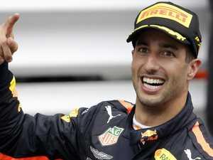 Ricciardo sets deadline to settle future