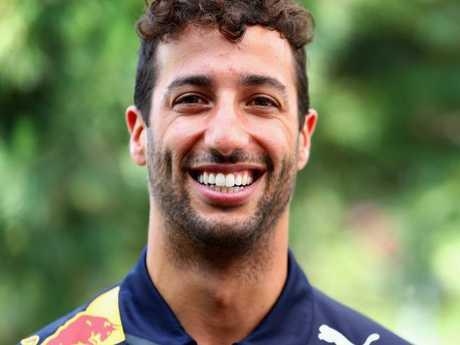 Daniel Ricciardo has a tough call to make.
