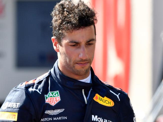Daniel Ricciardo has made the call to switch camps.