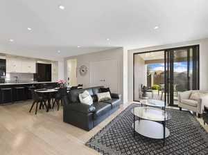 Take advantage of location: Luxury Airbnb near Gabbinbar