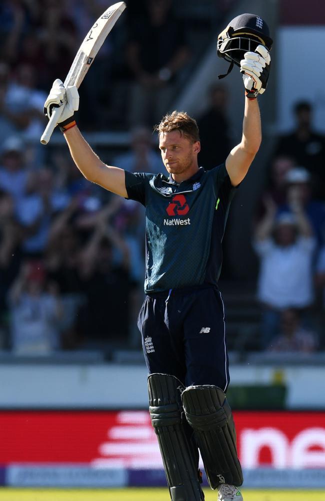 Buttler celebrates England's victory over Australia.