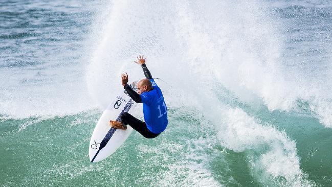 Kelly Slater to make surf return at J-Bay