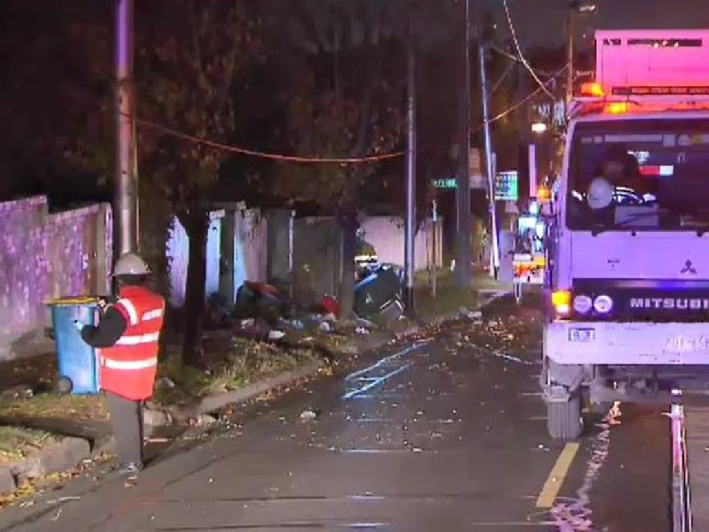 Debris is strewn across Toorak Rd in Camberwell this morning. Picture: Nine News