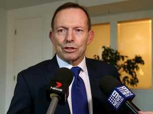 Abbott's threat to cross floor in energy war