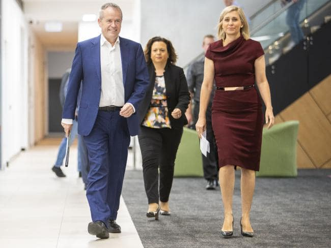 Opposition Leader Bill Shorten, Shadow Minister for Communication Michelle Rowland and Labor's candidate for Longman Susan Lamb visit the Morayfield Health Hub in the seat of Longman. (AAP Image/Glenn Hunt)