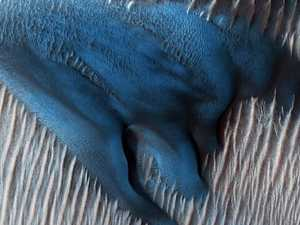 Mystery blue sand found on Mars