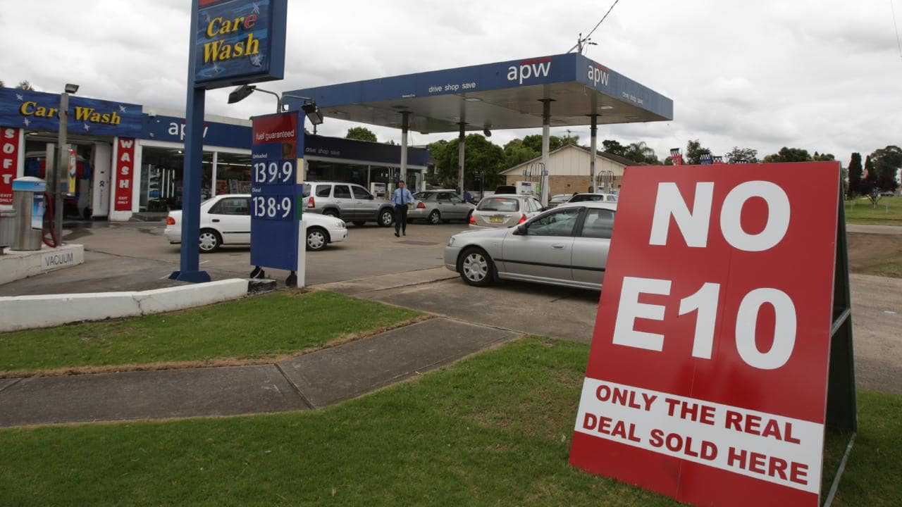 Not every petrol retailer was a fan of E10. This file photo from 2011 shows one outlet in western Sydney responding to customer backlash against the fuel. Picture: Jeff Herbert.