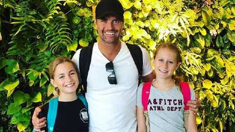 Pete Evans with his daughters Chilli and Indii.