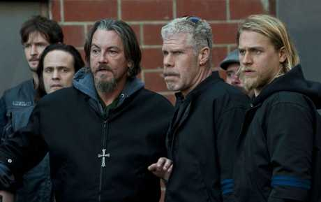 Tommy Flanagan, Ron Perlman and Charlie Hunnam in a scene from the TV series Sons of Anarchy.