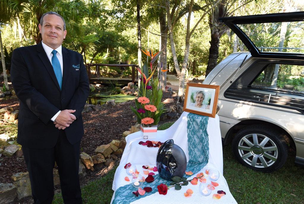 Funerals in Fraser Coast parks and gardens - Scott Harris (g/mgr. Ross Funerals).