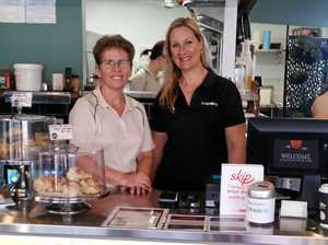 Gladstone cafe empties tip jars to save community radio