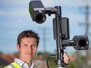 Cameras to catch drivers using mobile phones now law