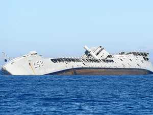 Oh ship! The Tobruk is on it's side, is it normal?