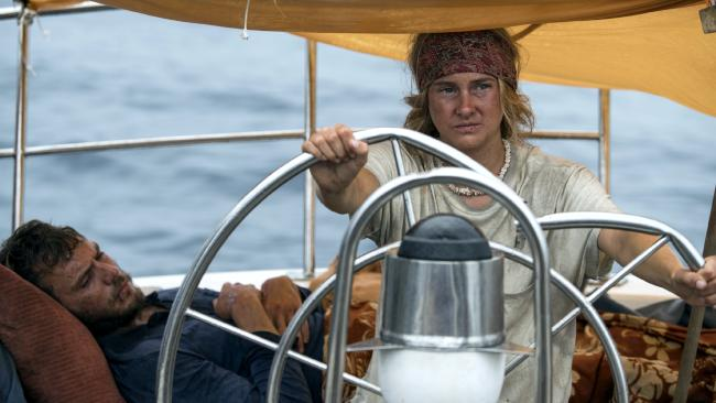 Sam Claflin and Shailene Woodley in Adrift.