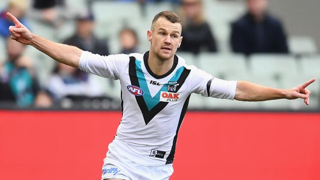 Robbie Gray put on a show in the second term. Picture: Quinn Rooney/Getty