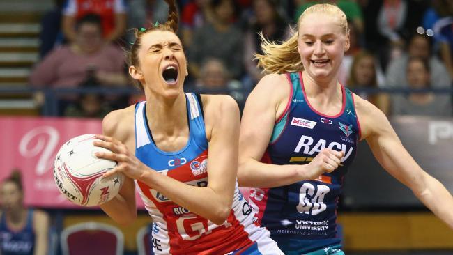 Helen Housby battles with Vixen rival Jo Weston. Picture: AAP